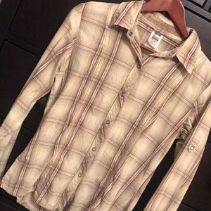 The North Face Fitted Plaid Button Down - Size Med